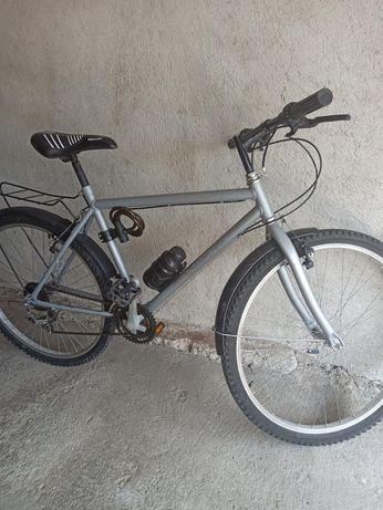 Шосеен Велосипед Saddle Classic