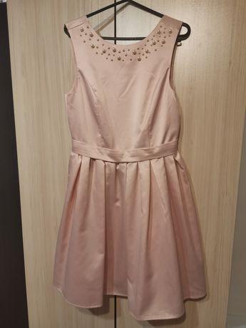 Нежна розова рокля Amisu ,размер С