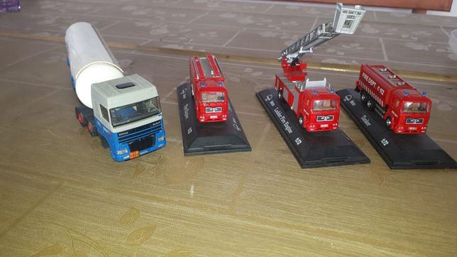 De vânzare  machete mașini pompieri