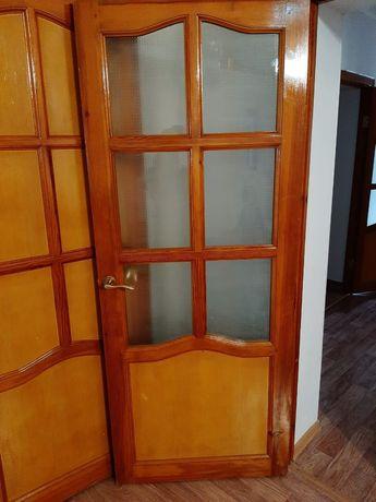 Продаю дверь отличном состояный