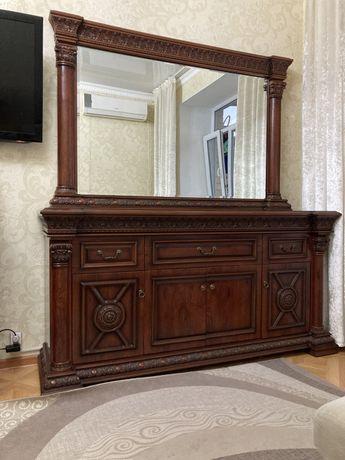 Диван(белый),комод,тримо с зеркалом,шкаф купе