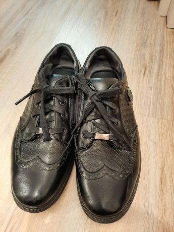 Обувь школьная, 38 рзм