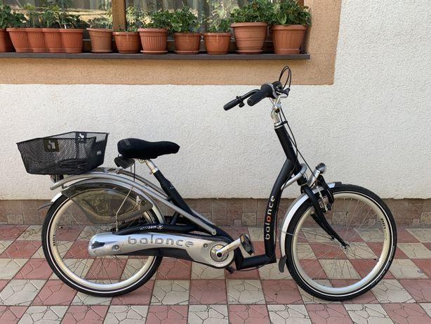 Bicicleta Balance low step through bike