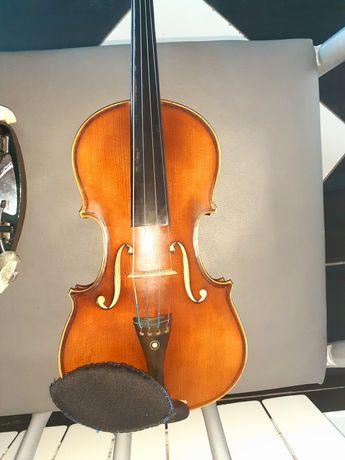 Итальянская скрипка
