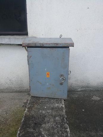 Кутия за Ел табло