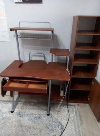 Компьютерный стол и шкаф (кресло )
