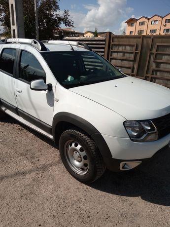 Vand Dacia Duster 1,5dci 4x4 Full option piele export