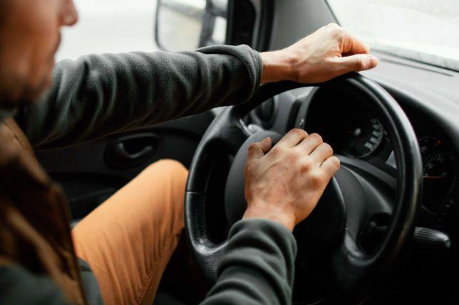 Аренда машины с водителем от 3-х часов // ВИП-такси Нур-Султан /Астана