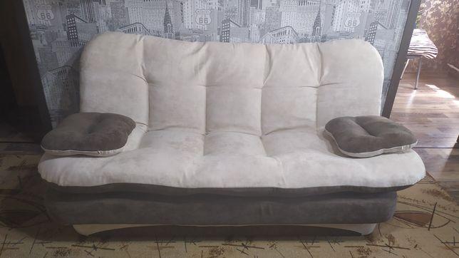 Продам диван для отдыха.