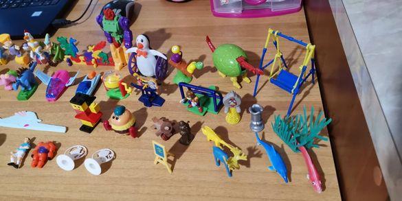 Играчки от шоколадови яйца и други малки играчки