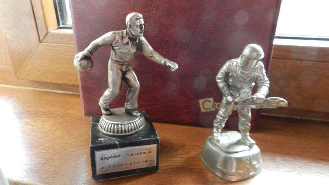 Statueta pompier RAF + statueta jucator popice Germania- Premii