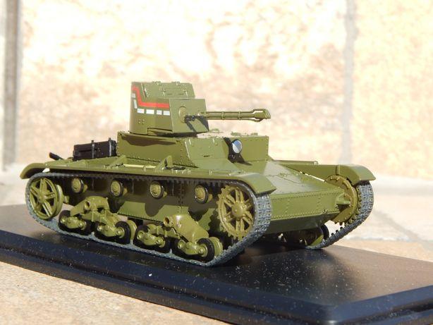 Macheta tanc usor sovietic HT-26 (T-26) aruncator flacari scara 1:43