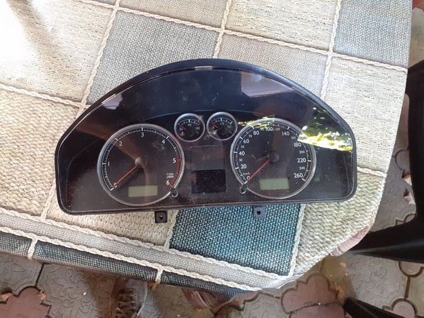 Ceasuri bord VW Sharan
