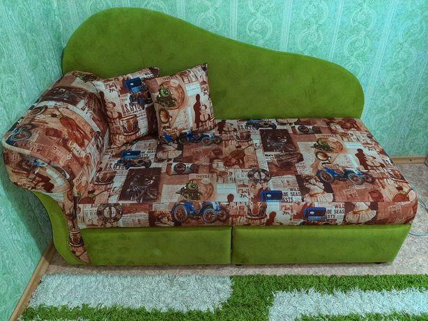 Продам диван для детской комнаты раскладной