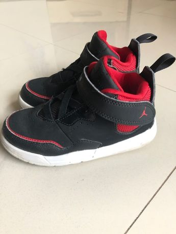 Nike Jordan Детски Маратонки Кецове с Велкро Размер 26 Като Нови!