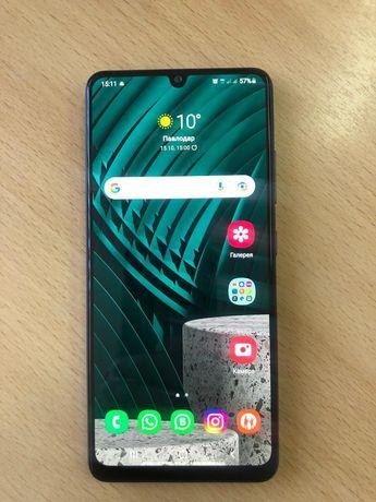 Продам Samsung A 32  64 гб в хорошем состоянии коробка документы