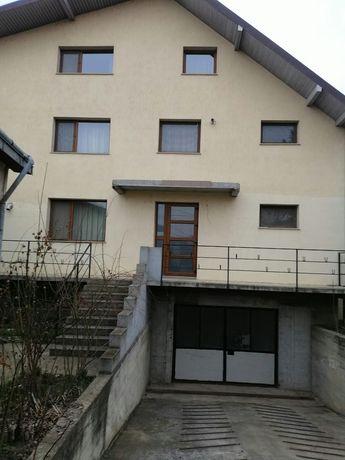 Casa noua str Mărăști zona liceul Pedagogic