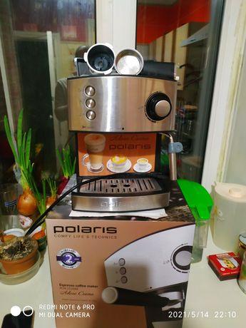 Продам кофеварку с капучинизатором