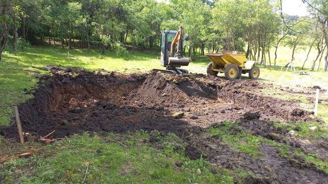 Inchiriez miniexcavator 2T si Dumper pentru excavarii, sapaturi, etc..
