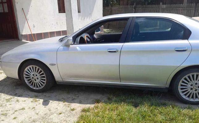 Maşina Alfa Romeo