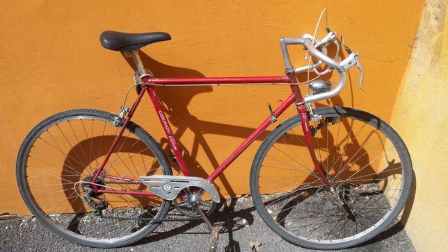 Bicicleta cursiera cross trekking Coronado elvetian cyclocross cube