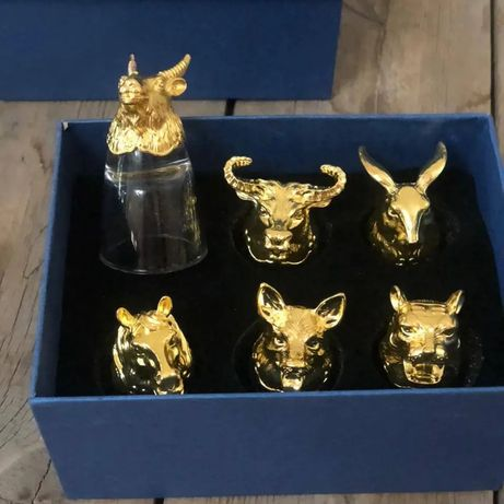 Рюмки перевертыши с головами животных в золоте