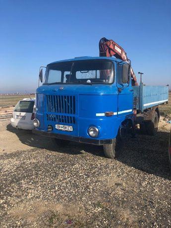 Vand camion cu macara de 3,5 tone. IFA