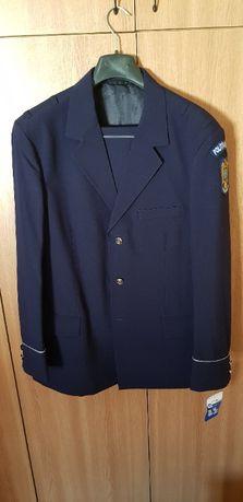 Costum de politie, nou