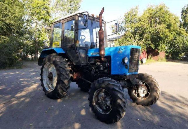 Трактор продам мтз 82