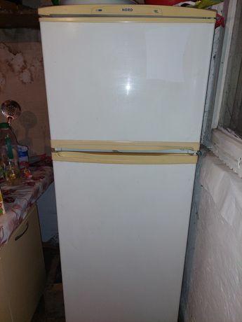 Продам холодильник,