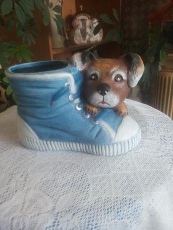 Декоративна саксия обувка и КЕРАМИЧЕН ВЪЛК
