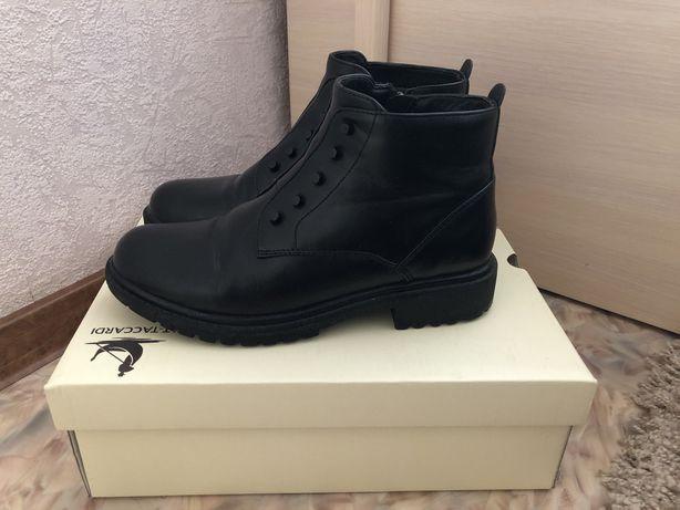 Ботинки черные весна