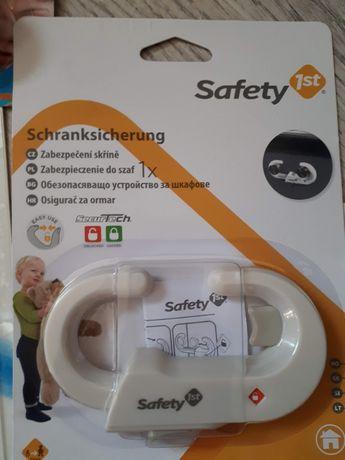 Dispozitiv de siguranta pentru dulapuri
