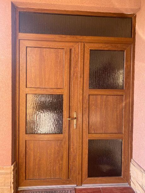 Vand geamuri termopane si usa intrare casa rezultate din demontare