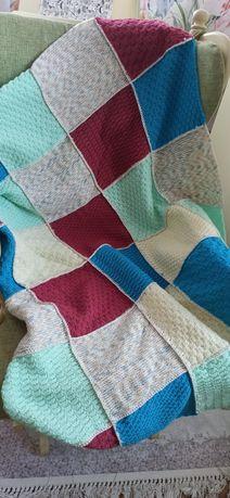Меко одеало ръчно плетено