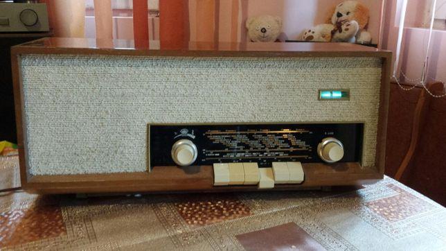 Radio pe lampi Orion