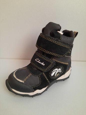 """Ботинки зимние """"Clarks"""". Состояние новых."""