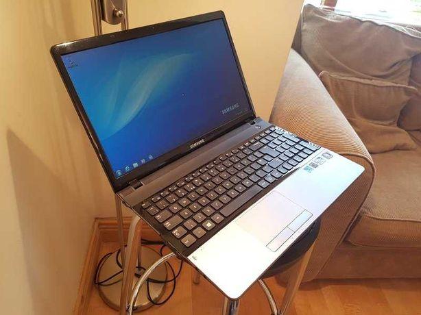 Dezmembrez NoteBook Samsung NP300E5X