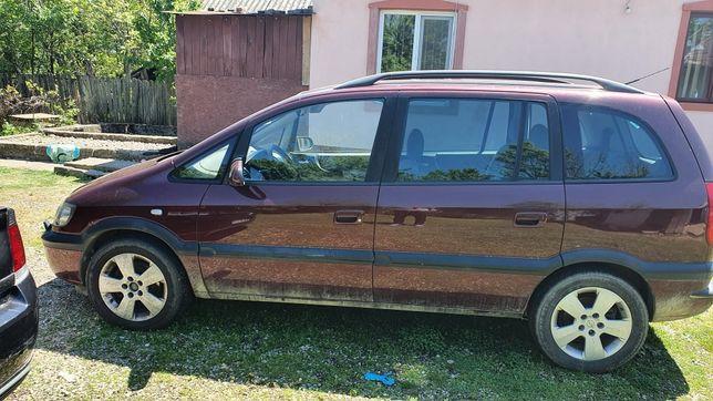 Opel Zafira  Benzina