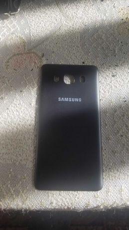 Продавам нов заден капак за Samsung J5 2015
