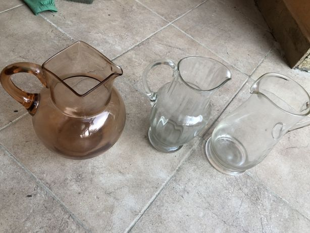 Cana, carafa din sticla