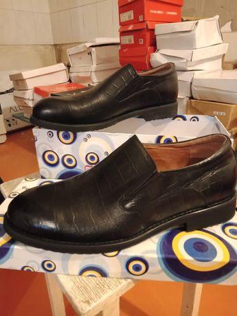 Мужские туфли новые. Размер 40