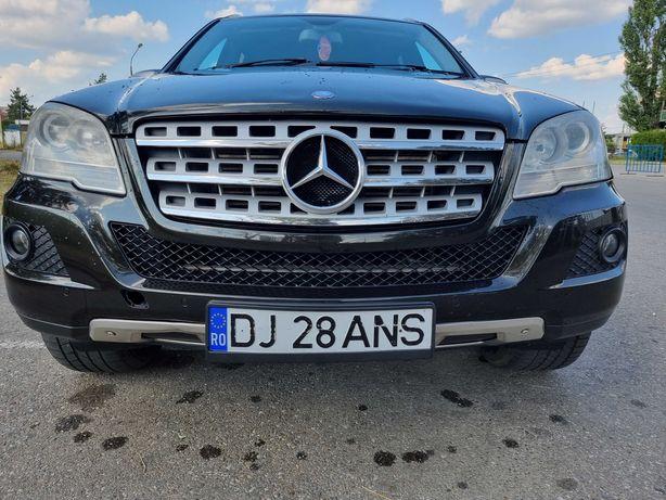 Dezmembrez Mercedes ML W164 Facelift ML320 ML350 ML500 ML420