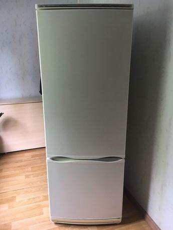 Холдильник Атлант2-камерный