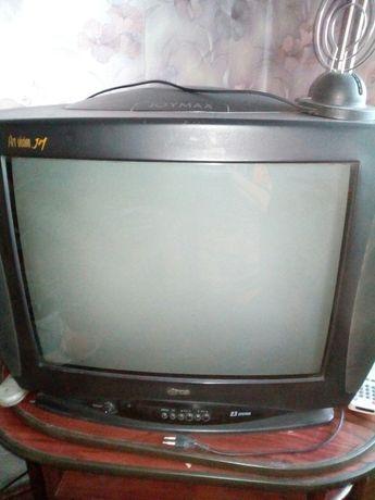 Телевизор б/у для гостиной