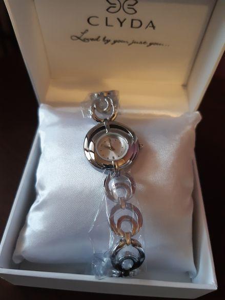 Дамски часовник френски Clyda