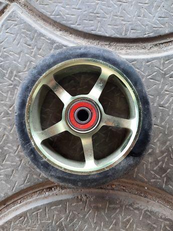 Продам колёса на трюковой самокат!