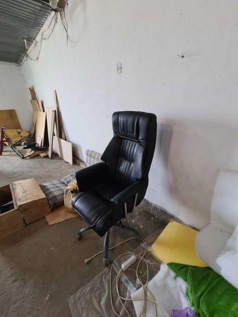 Изготовление мебели мягкой и корпусная. И перетяжка диванов и кресел