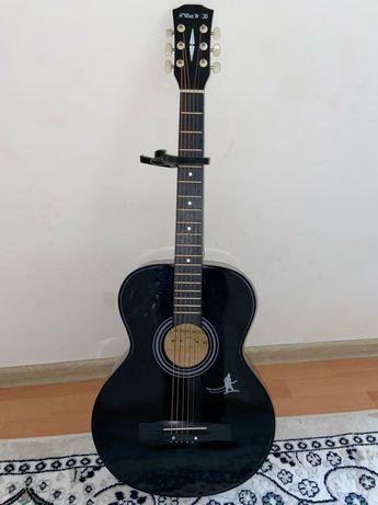 Продам гитару новый
