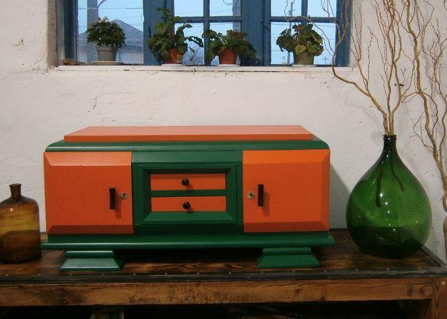 Comoda TV veche din lemn reconditionata (Mobila stil Pop Art/Servanta)